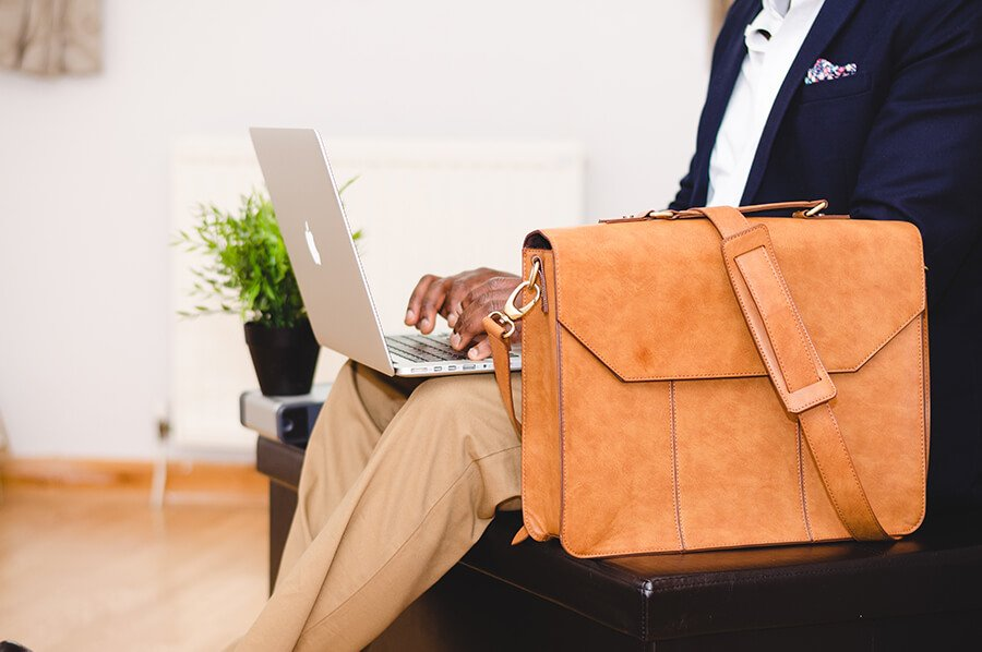 Laptop bag and laptop