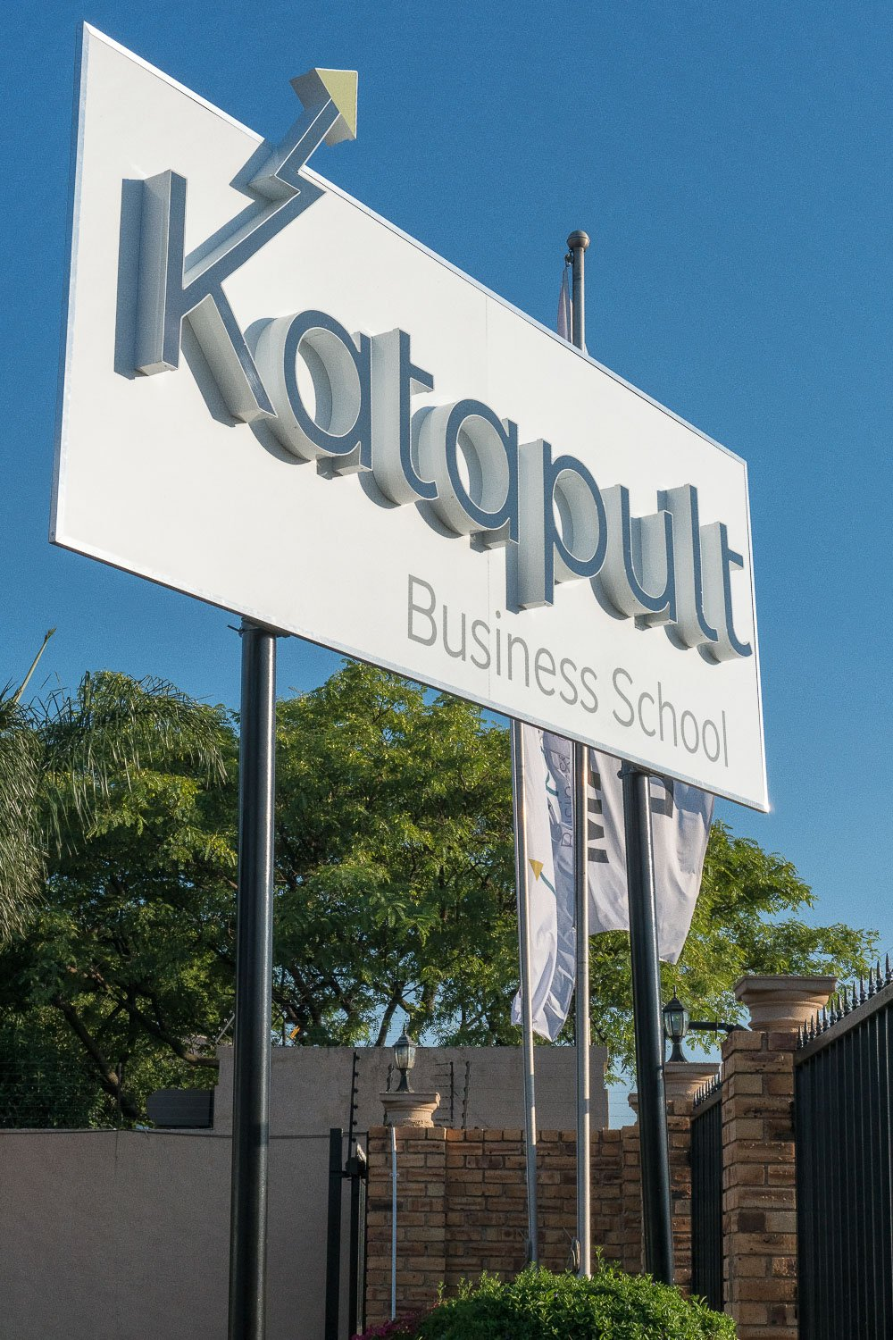 Katapult Business School - Exterior sign